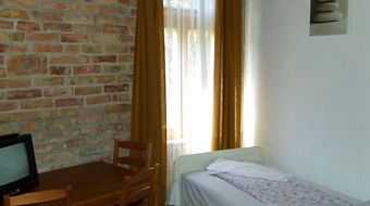 Hungaria Guesthouse photos Room