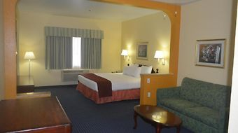 Howard Johnson Inn And Suites Central San Antonio photos Room