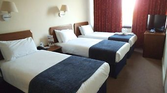 Gatwick Moat House photos Room
