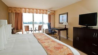 Wyndham Garden Clearwater Beach photos Room