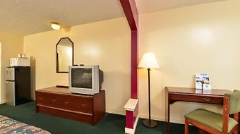 Americas Best Value Inn And Suites Jackson Coliseum photos Room