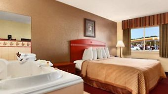 Days Inn Paintsville photos Room