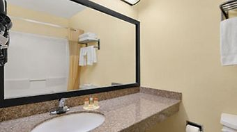 Days Inn Burleson Ft. Worth photos Room
