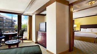Doubletree By Hilton Sacramento photos Room