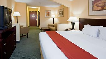 Holiday Inn Express & Suites Air Force Academy photos Room