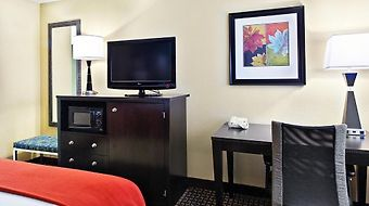 Holiday Inn Express Fort Campbell photos Room