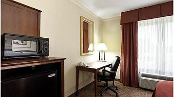 Holiday Inn Express Breaux Bridge/Henderson photos Room