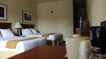 Holiday Inn Express & Suites Hwy 58/Mill St. photos Room