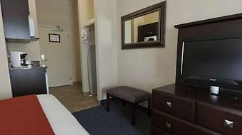 Holiday Inn Express Suites photos Room