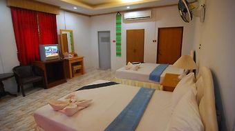 Lanta Paradise Beach Resort photos Room