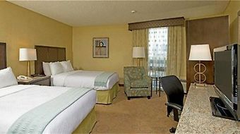 Four Points By Sheraton Downtown San Diego photos Room Hotel information