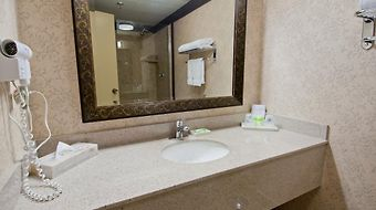 Best Western Plus Abercorn Inn photos Room