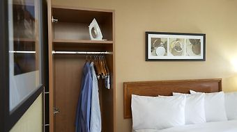 Comfort Inn Chicoutimi photos Room