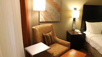 Crowne Plaza Airport photos Room