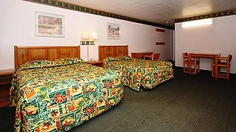 Rodeway Inn Dba Wildwood Inn photos Room