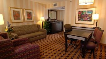 Embassy Suites Minneapolis - Airport photos Room