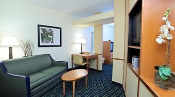Fairfield Inn & Suites - Jacksonville Beach photos Room