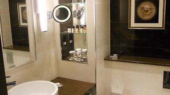 Doubletree By Hilton Hotel London - Victoria photos Room