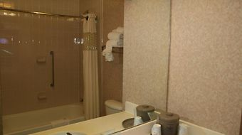 Hampton Inn Memphis-Southwind photos Room