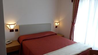 Dolomiti Hotel Trento photos Room