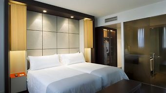 Tryp Condal Mar photos Room
