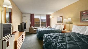 Ramada Roanoke photos Room
