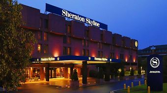 Sheraton Skyline London Heathr photos Room