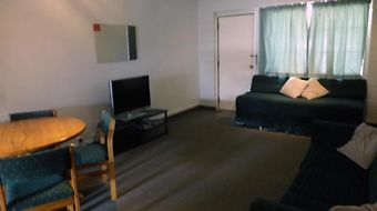 Karaka Tree Motel photos Room