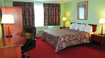 Red Carpet Inn And Suites - Sudbury/Lively photos Room