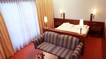 Parkhotel Vienna photos Room