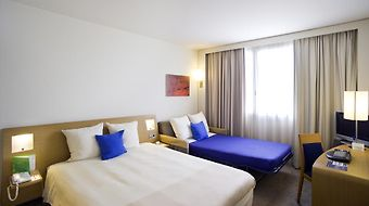 Novotel Barcelona Cornella photos Room