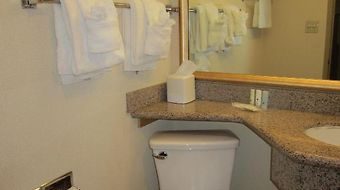 Clarion Inn & Suites photos Room