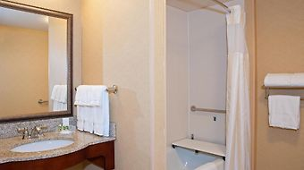Hilton Garden Inn Indianapolis Airport photos Room