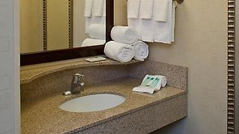 Springhill Suites New Bern photos Room