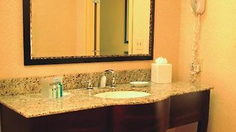 Hampton Inn & Suites Marksville photos Room