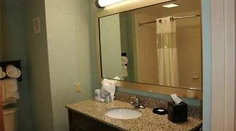 Hampton Inn Rehoboth Beach photos Room