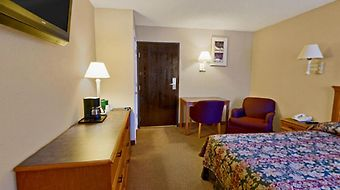Americas Best Value Inn And Suites Hesston photos Room