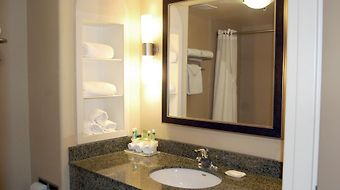Holiday Inn Express Htl & Suites Northwest Herndon photos Room