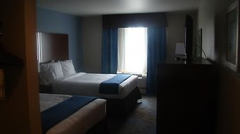 Holiday Inn Express & Suites Nw Near Seaworld photos Room
