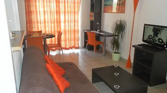 Park And Suites Confort St Etienne photos Room