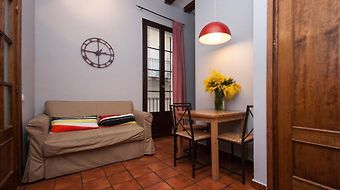 Feel Good Plaza Real Apartments photos Room