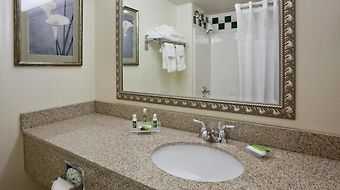 Grandstay Hotel And Suites Appleton photos Room
