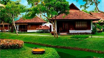 Kumarakom Lake Resort photos Room