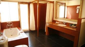 Bandhavgarh Jungle Lodge photos Room