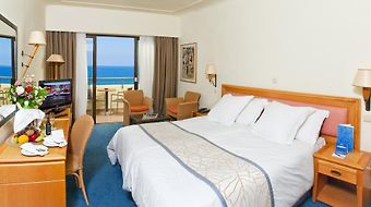 Amathus Beach photos Room