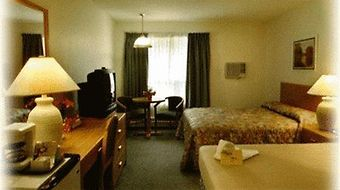 Econo Lodge And Suites photos Room