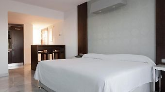 Nh Algeciras Suites photos Room