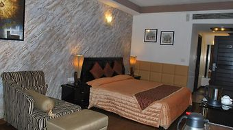 The Pearl Chandigarh photos Room