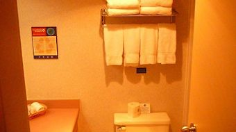 Coast Abbotsford Hotel & Suites - Comfort photos Room