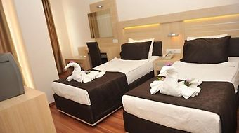Best House Hotel And Apartments photos Room
